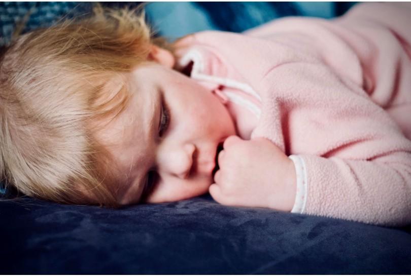 Wie wählt man eine Matratze für ein Kind? Investieren Sie in das beste Produkt